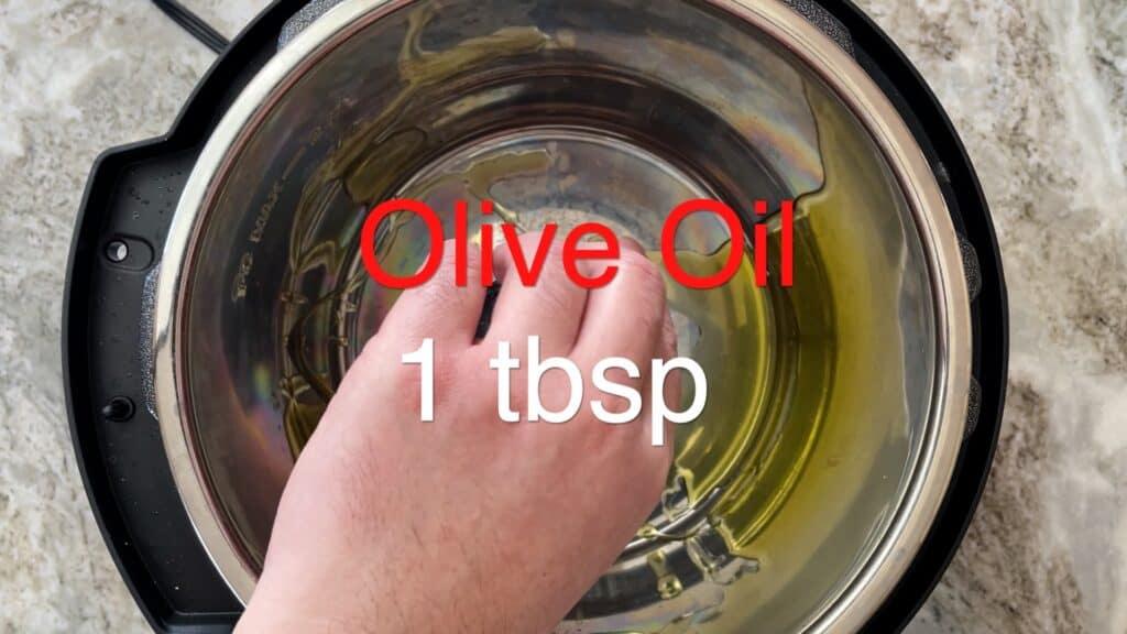 Instant Pot Chili olive oil