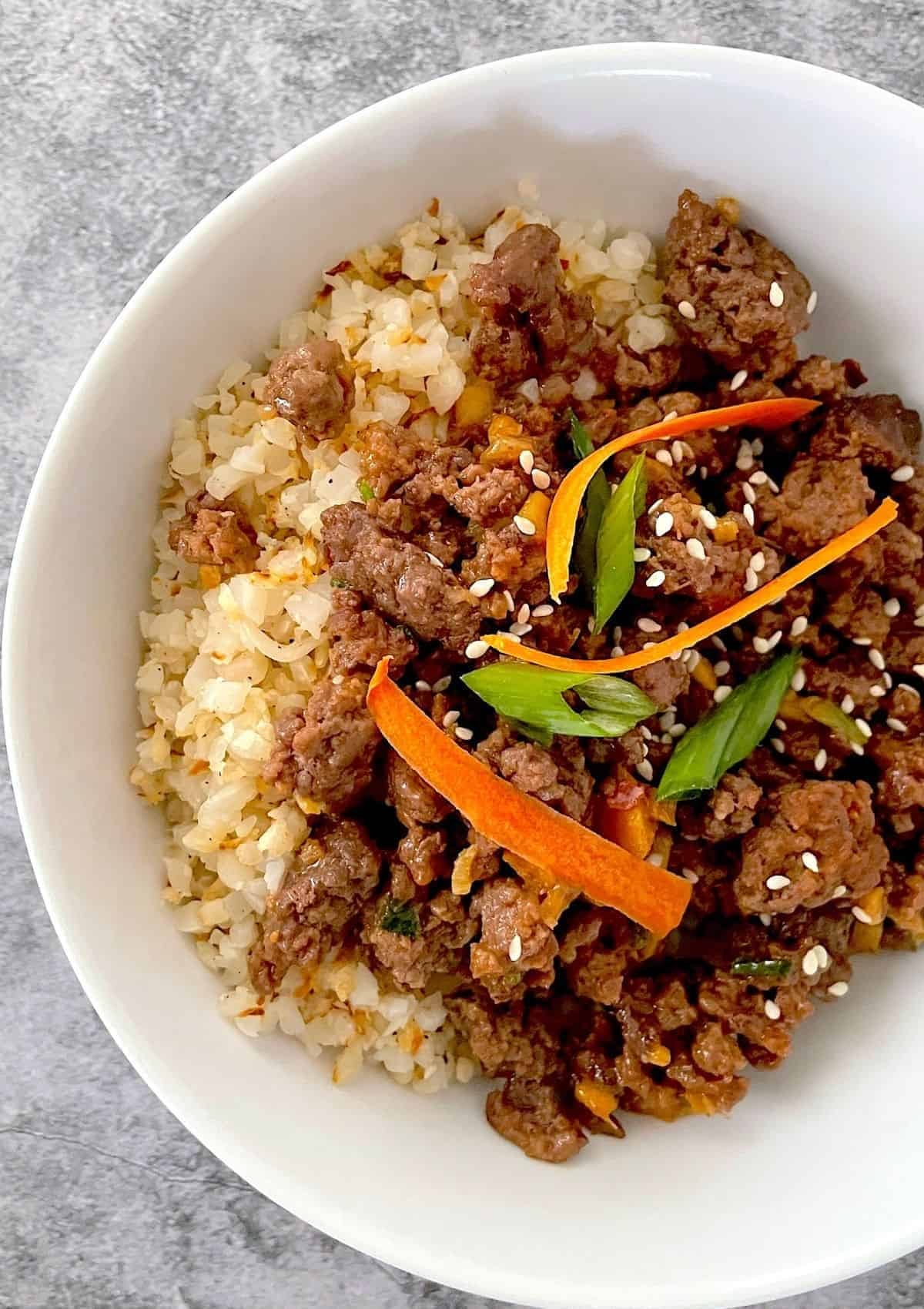 Low Carb hoisin beef in a bowl