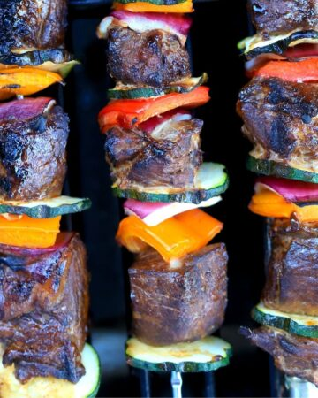 low carb steak kabobs on the grill