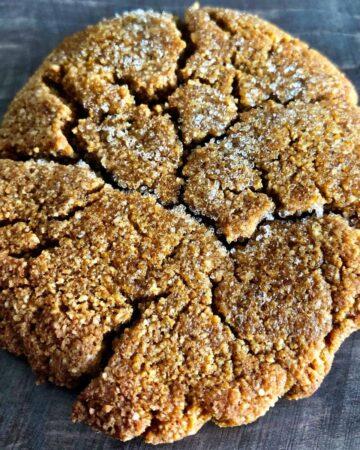 Chewy Ginger Molasses Keto Cookie